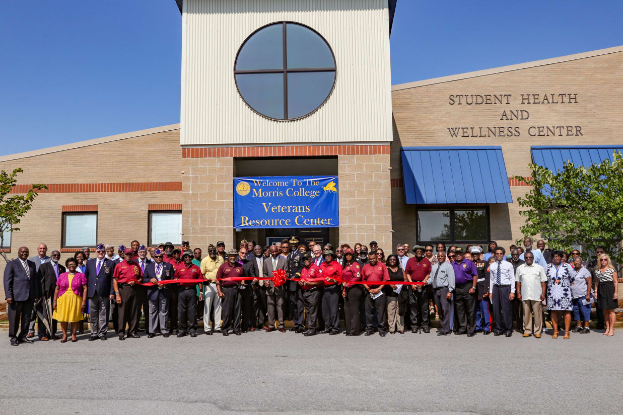 Morris-College-Ribbon-Cutting-2018-72-res-22-w2475.jpg