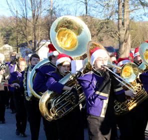Christmas-Parade-Marching-Band-SMA-Credited_small.jpg
