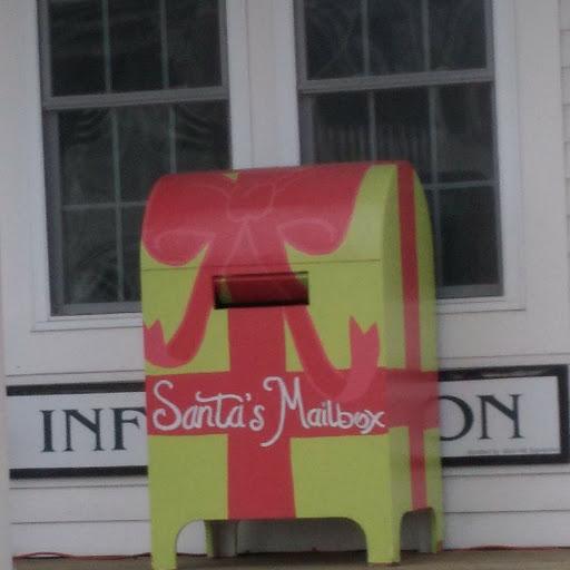 LSRCC-Santa-mailbox.jpg