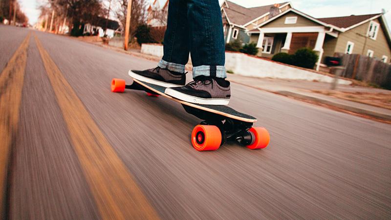 boosted-electric-skateboard-dualplus.jpg