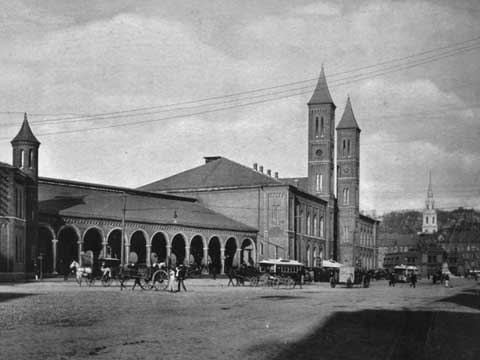 old-train-station-1900.jpg