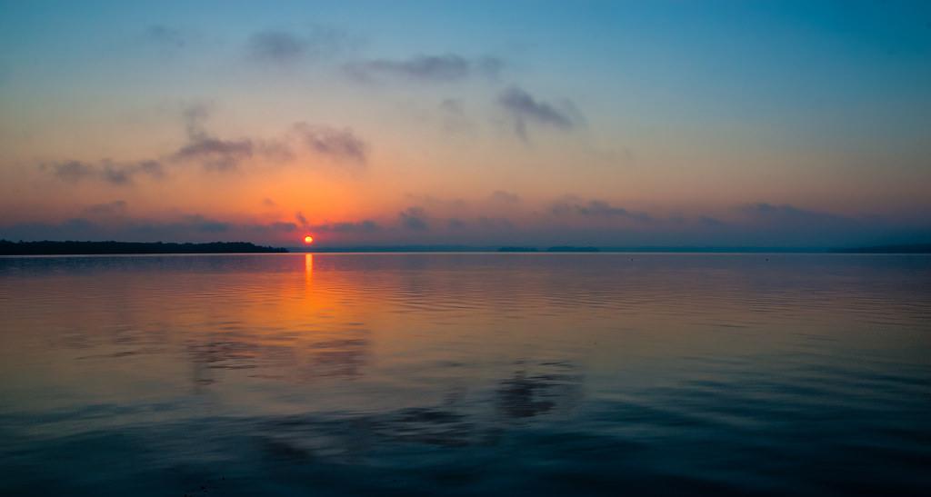 Gorgeous-Sunset-on-Lake.jpg
