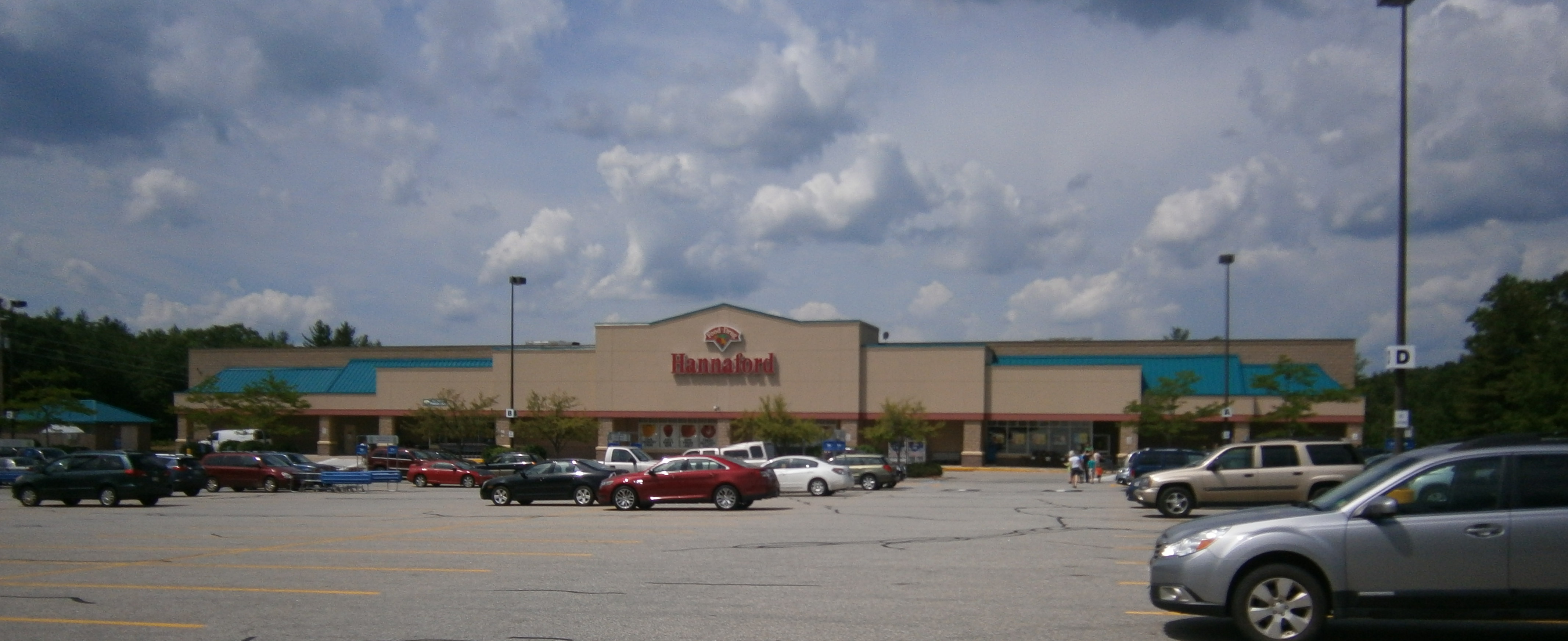 Hannafords.JPG-w4268.jpg