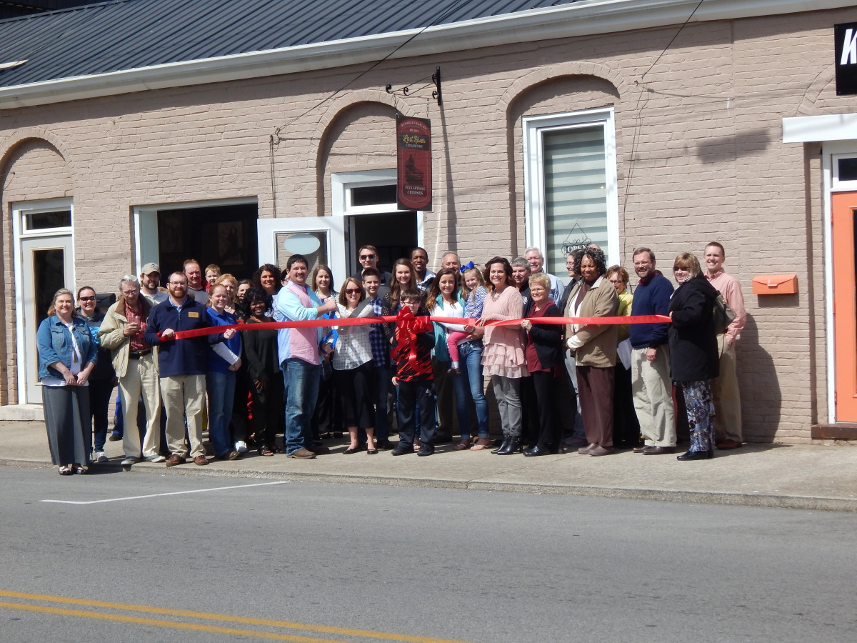 Lost-River-Creamery-Ribbon-Cutting.jpg