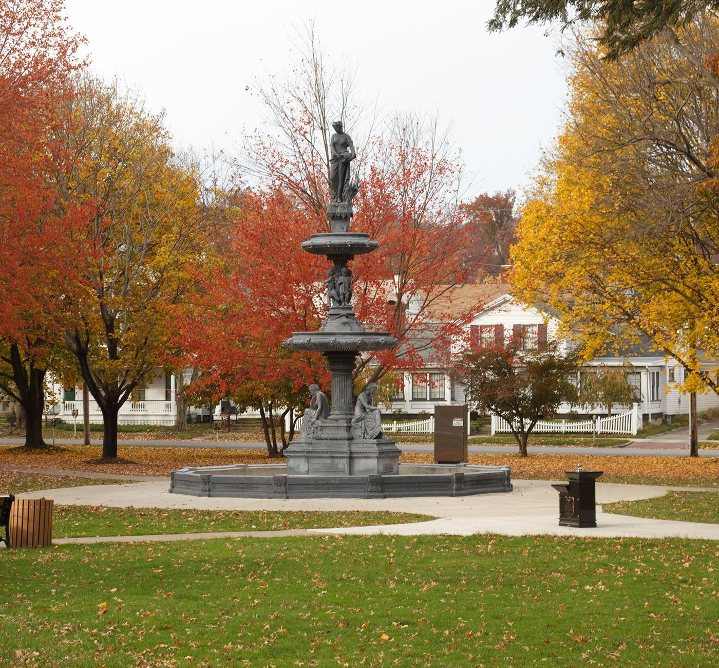 Fountain-Fall.jpg