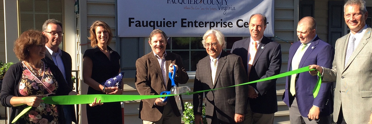 10-15-15_FQ-Ent-Center-Ribbon-Cutting-2.jpg