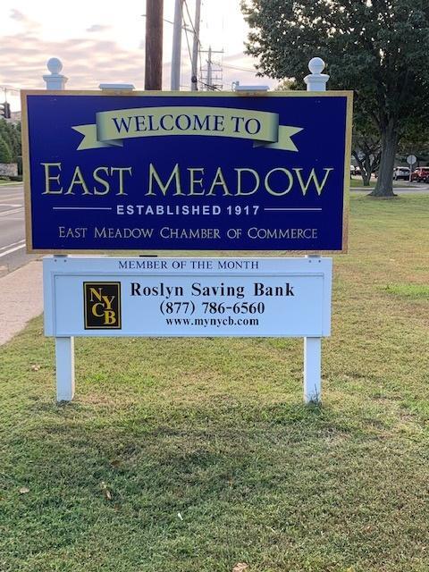 sign-Roslyn-Savings.jpg