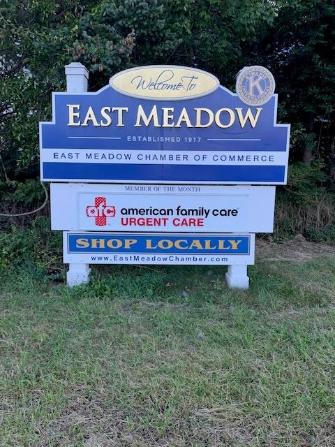 sign-Urgent-Care--Meadowbrook.jpg