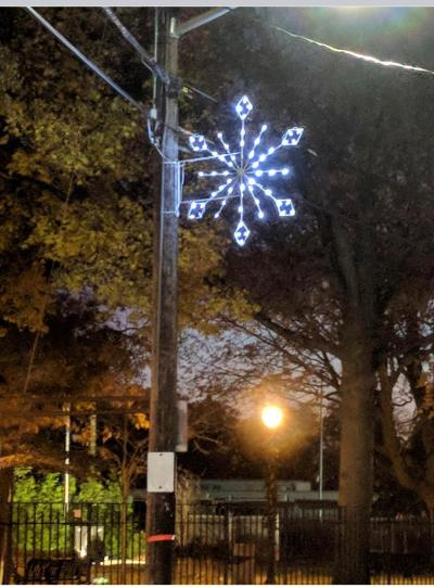 snowflake-pole.jpg