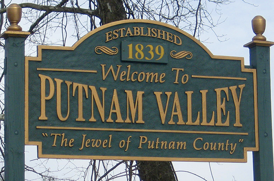 Putnam Valley Welcome Sign