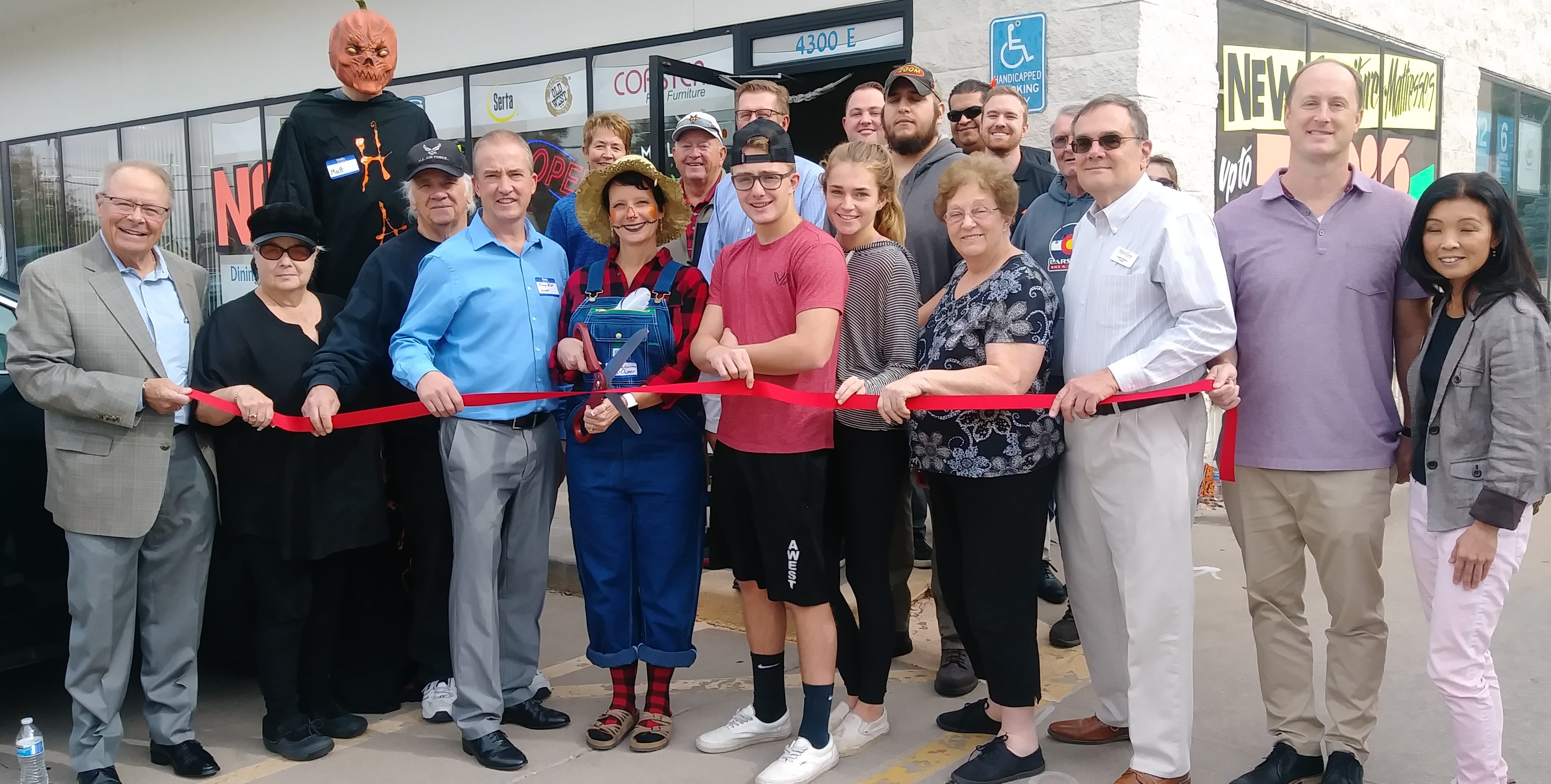 Colo-F-F-Ribbon-Cutting-2.jpg