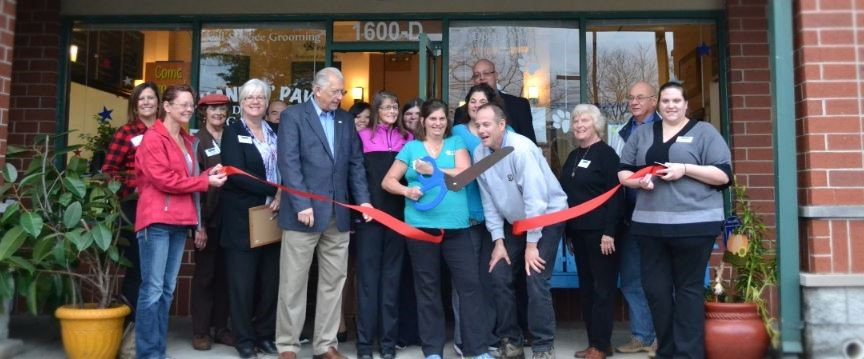Hand-N-Paw-Ribbon-Cutting-Crop-Photo.JPG