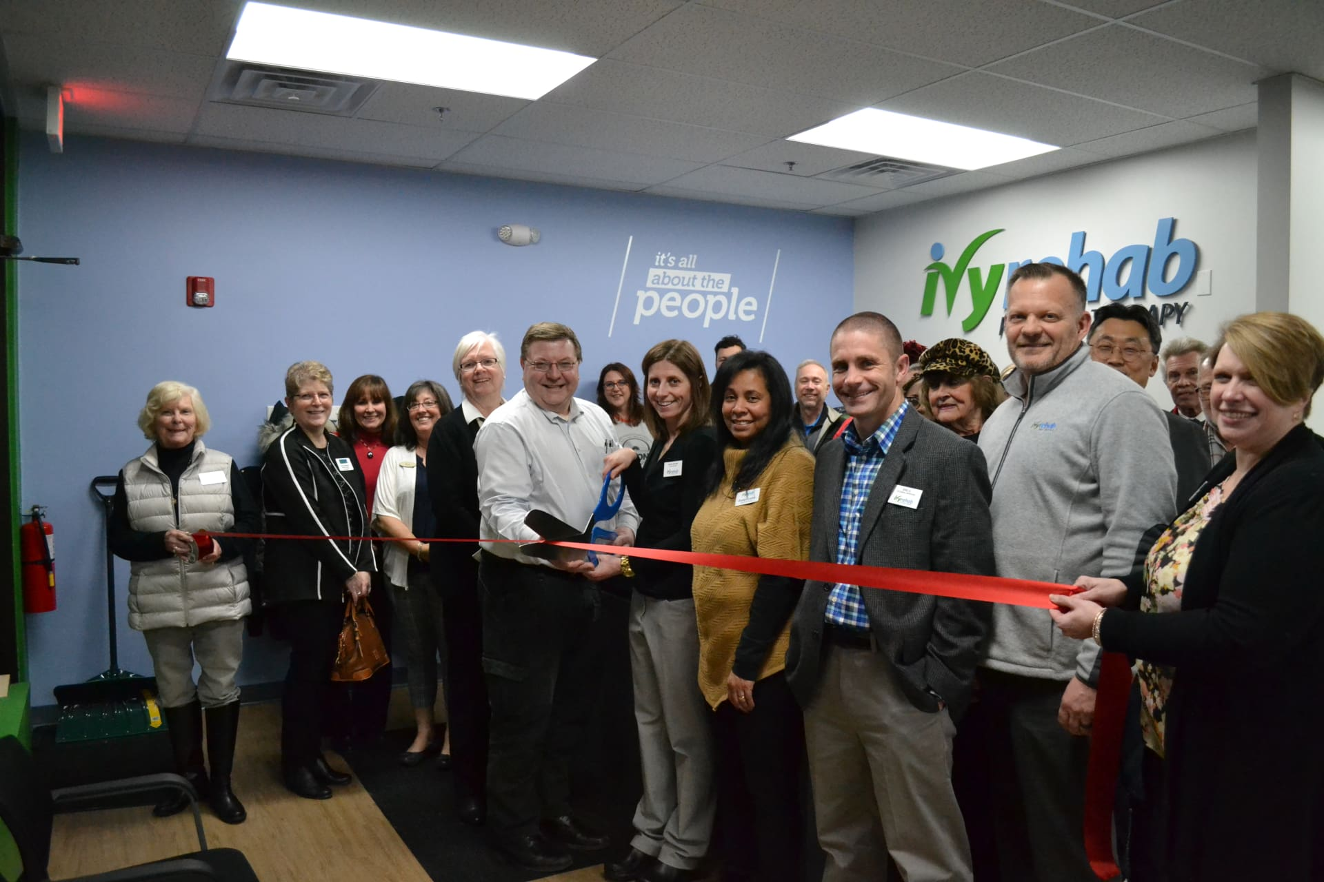 Ivy-Rehab-Ribbon-Cutting-w1920.jpg