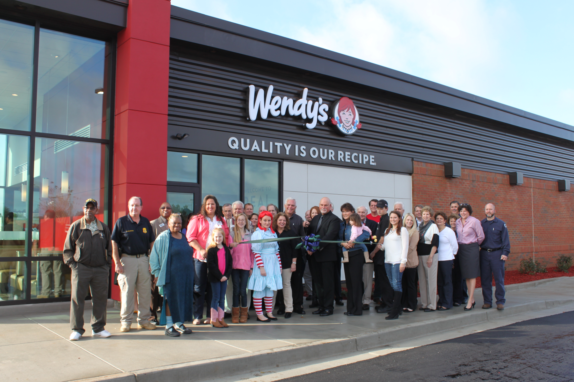 12-9_Wendy's_Ribbon_Cutting_c.JPG