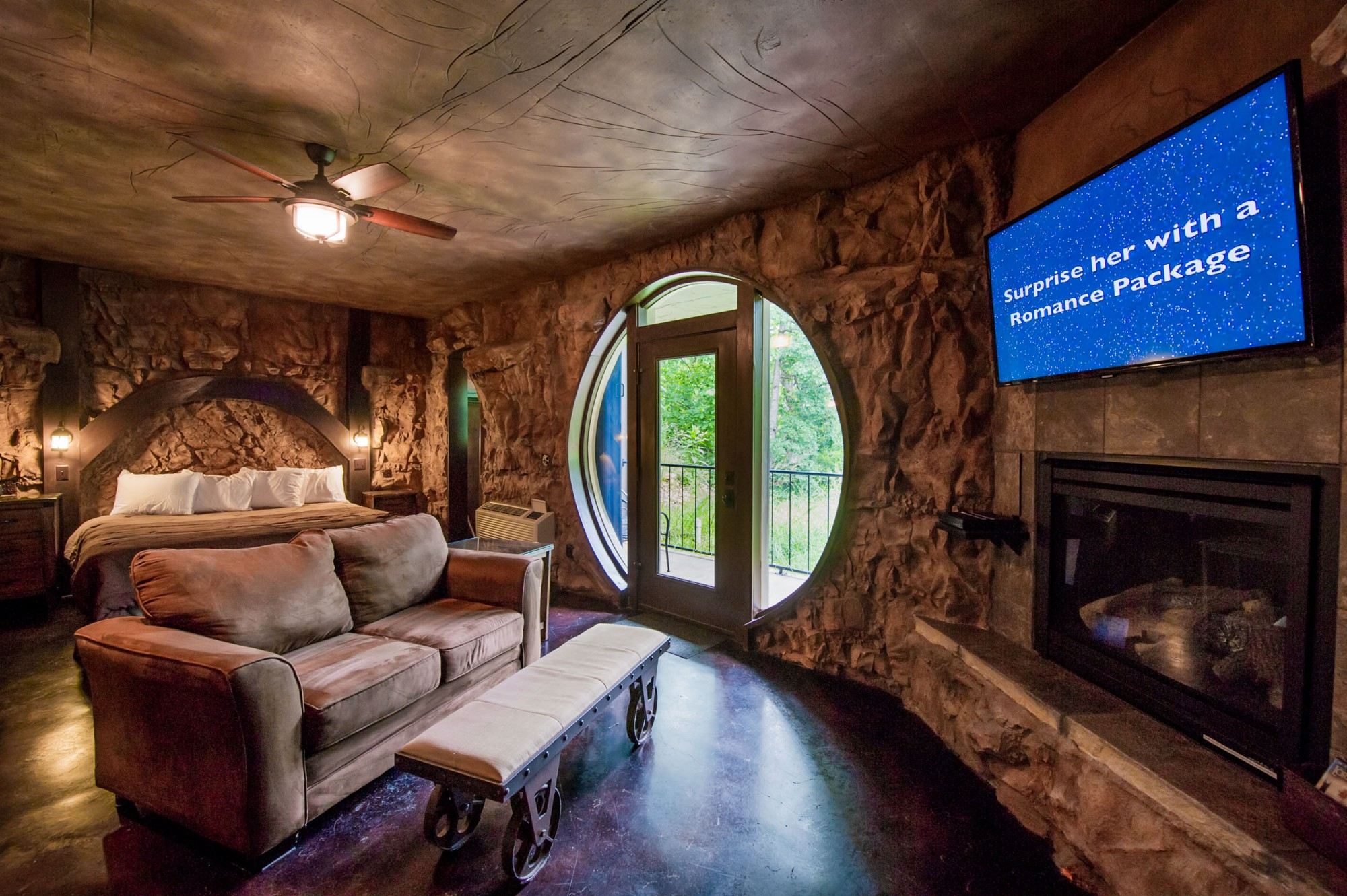 https://web.archive.org/web/20180225085304im_/https:/chambermaster.blob.core.windows.net/userfiles/UserFiles/chambers/2743/CMS/Eureka-Springs-Lodging-Places-to-stay.jpg