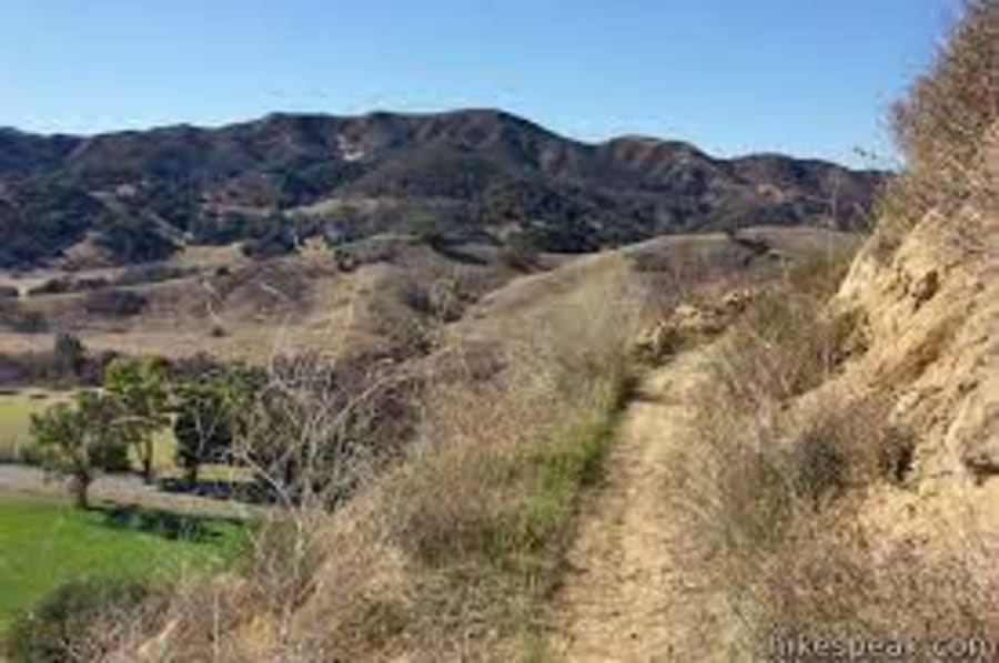 Las-Virgenes-View-Trail-w900.jpg