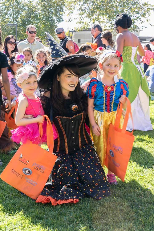 Witch-with-kids.jpg