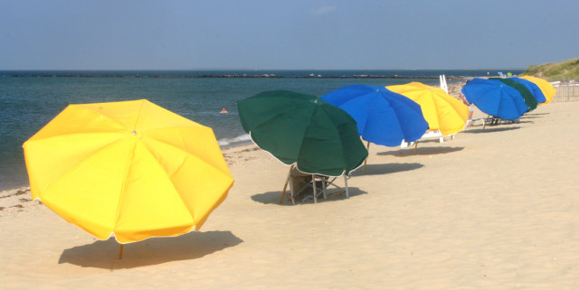 Cliffside-Beach-Umbrellas.jpg