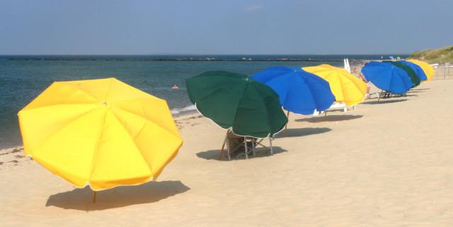 Cliffside-Beach-Umbrellas.jpg