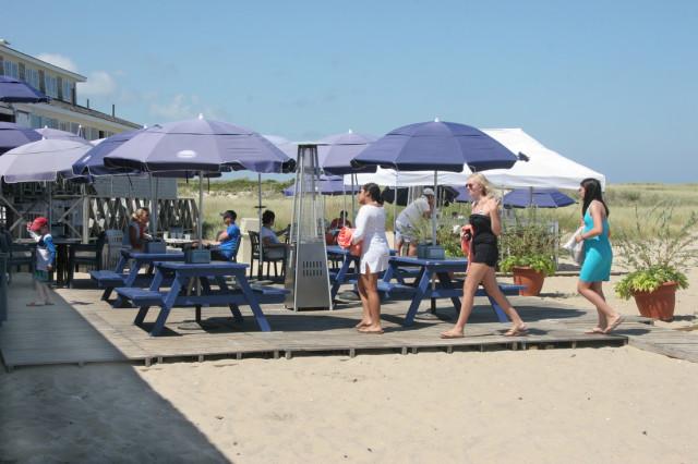 Jetties-Beach.jpg