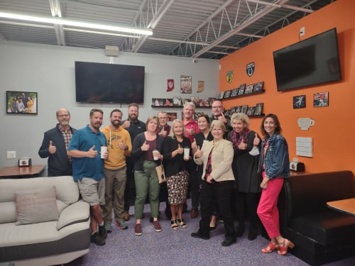 AM-Connect-Sept-Group-Thumbs-w500.jpg