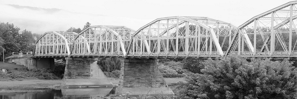 3-Water-St-Bridge-Black-and-White---by-Photography-by-Angel-Noon.jpg