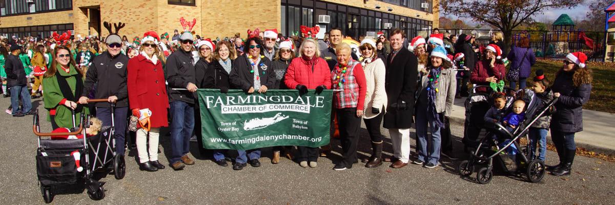 Farmingdale-chamber-holiday-parade-2018.jpg