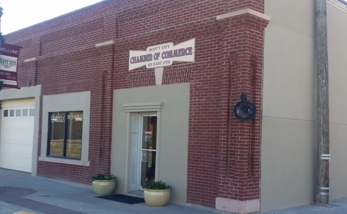 Chamber-Building-w1810-w905-w1200.jpg