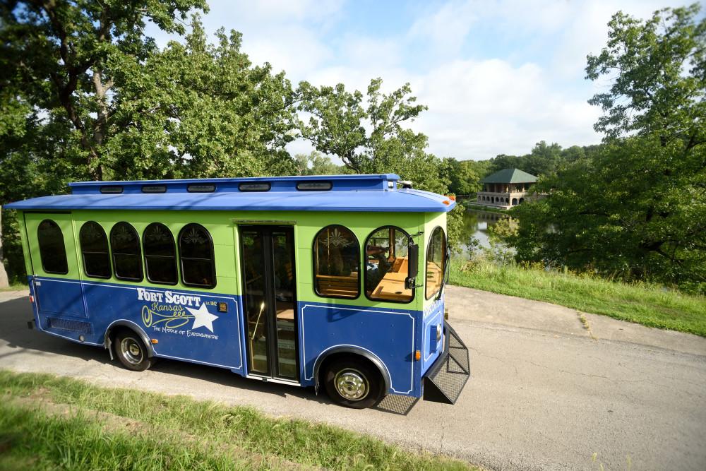 Trolley-New-2016-KF--W-1000px---H-667px.jpg