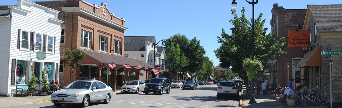 DOWNTOWN-CEDARBURG.jpg