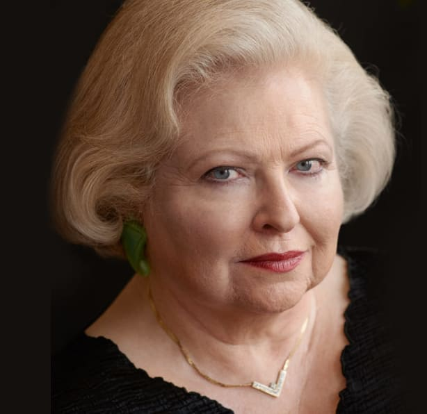 SarahWeddington_1120x600-3-w614.jpg