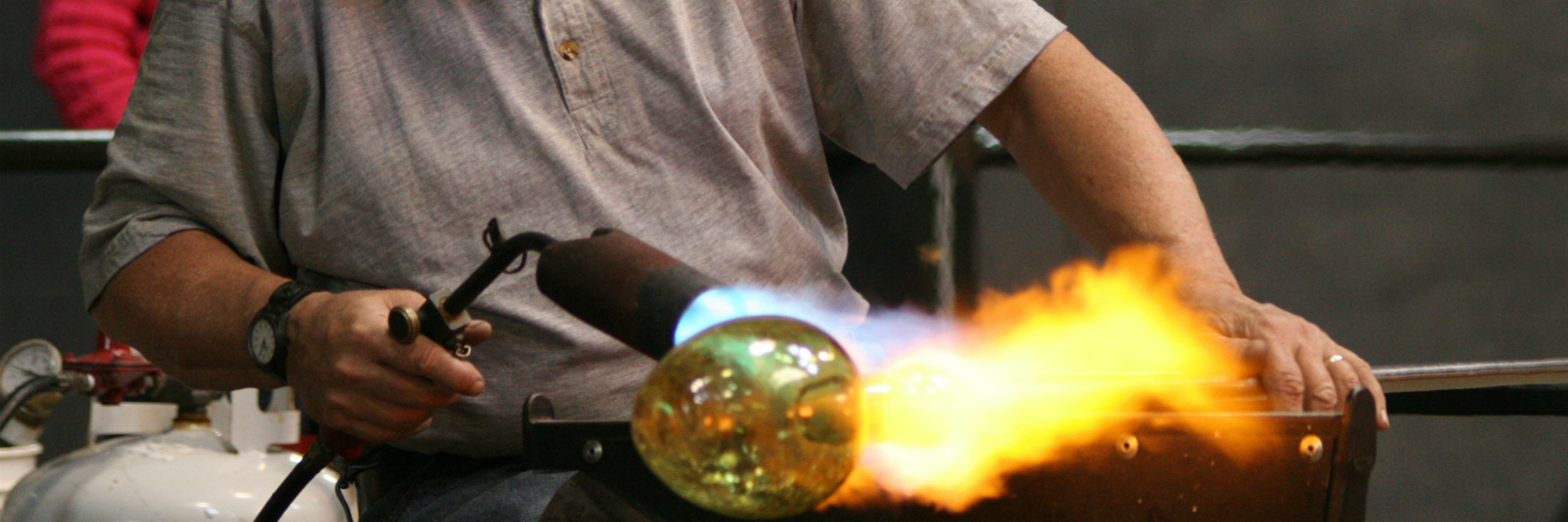 Glassblower-1920.jpg