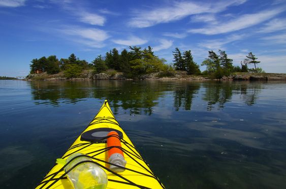 Kayaking-Trip-in-the-1000-Islands.-Ontario.-Canada.jpg