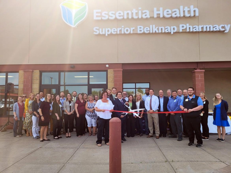 Essentia-Health-Superior-Belknap-Pharmacy-Ribbon-Cutting-w1170.jpg