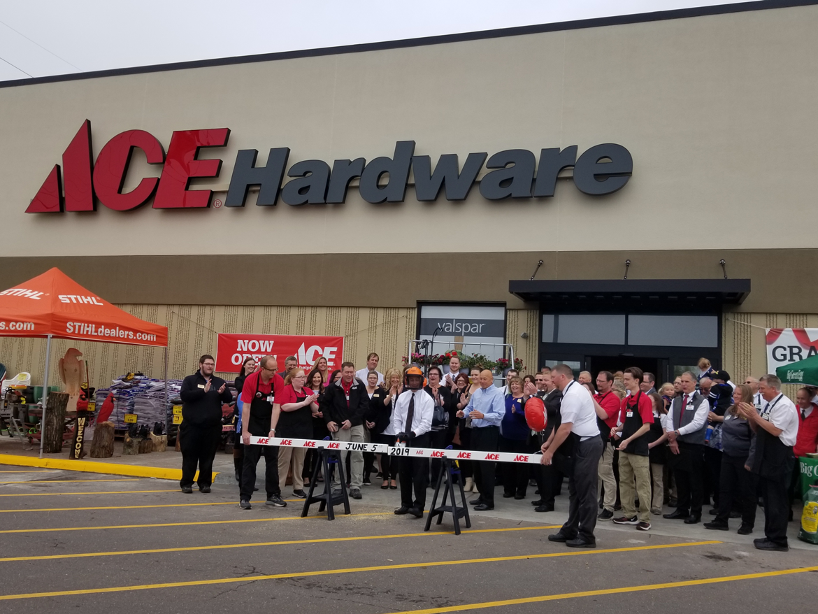 Ace Hardware Ribbon Cutting