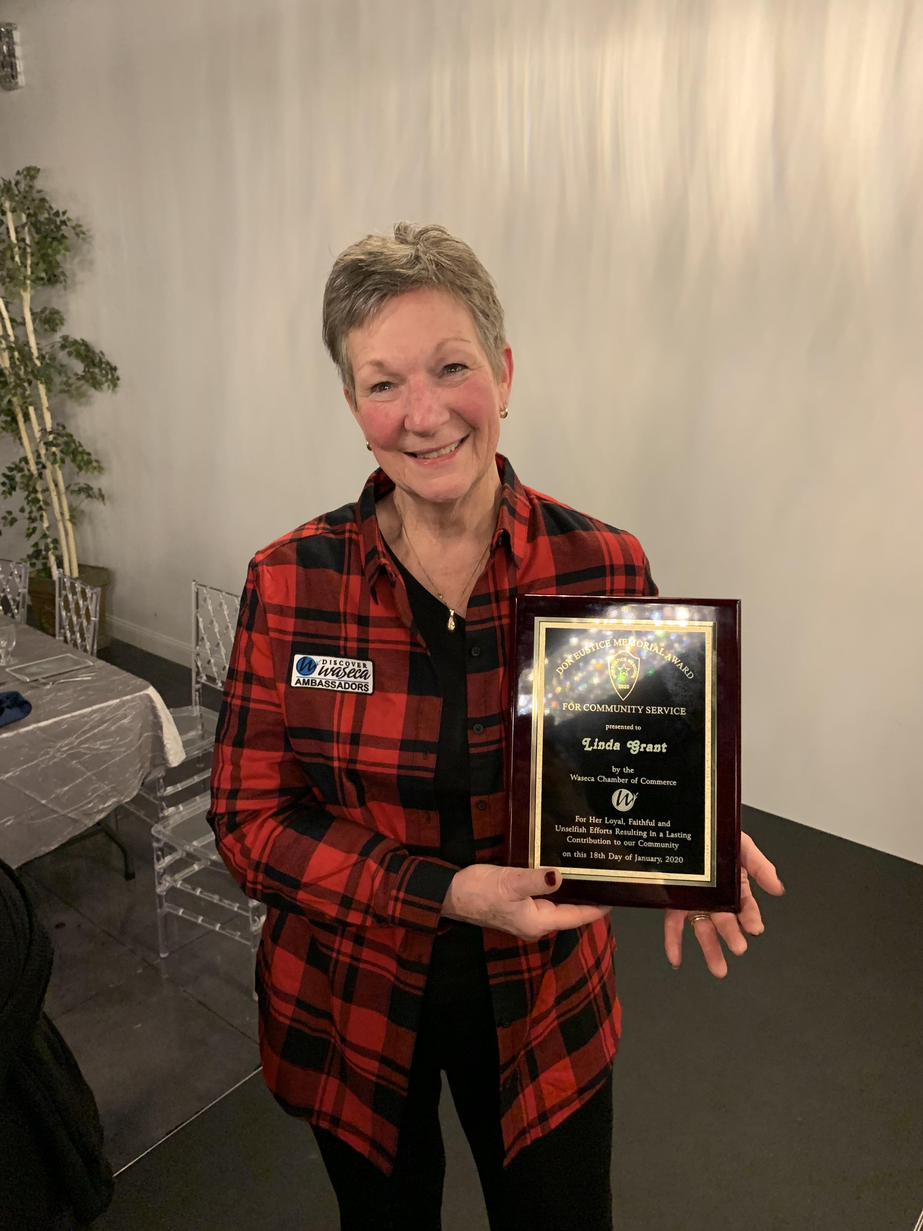 Linda-Grant-Don-Eustice-Award-Winner.jpg