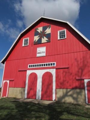Moore-Big-Red-Barn-042-w300.jpg