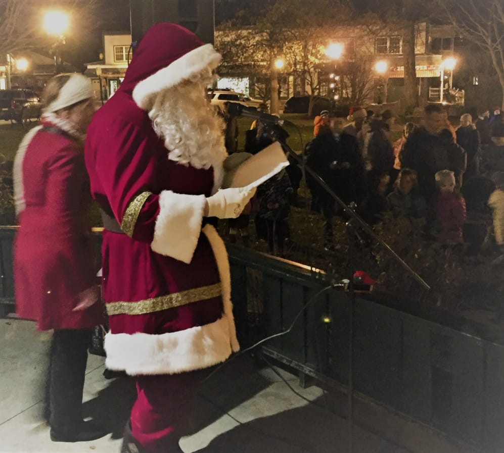 Santa rings in Christmas in Bar Harbor
