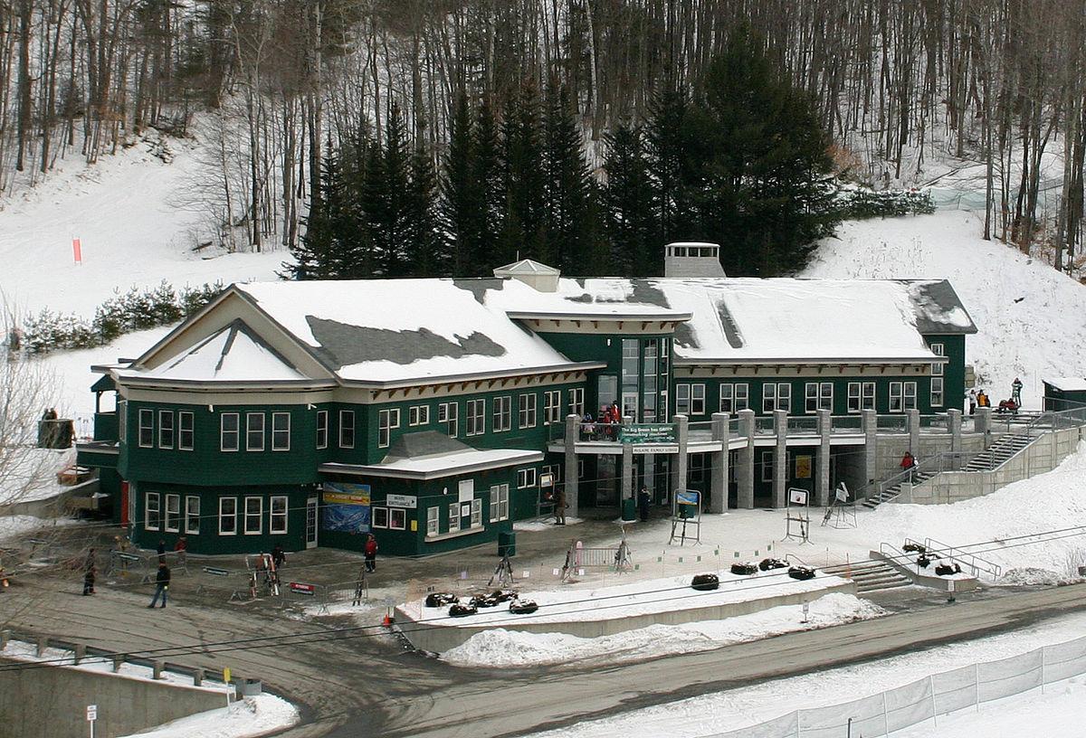 1200px-Skiway_mclane_ski_lodge_2007-02-10.jpg