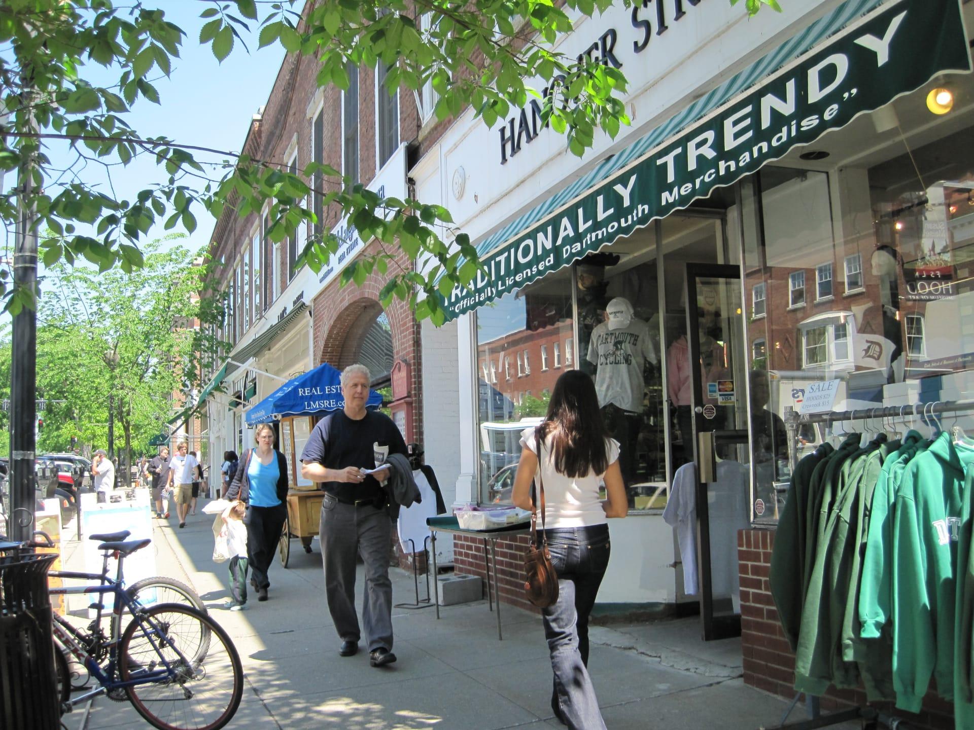 Hanover-has-a-quintessential-New-England-downtown-w1920.jpg