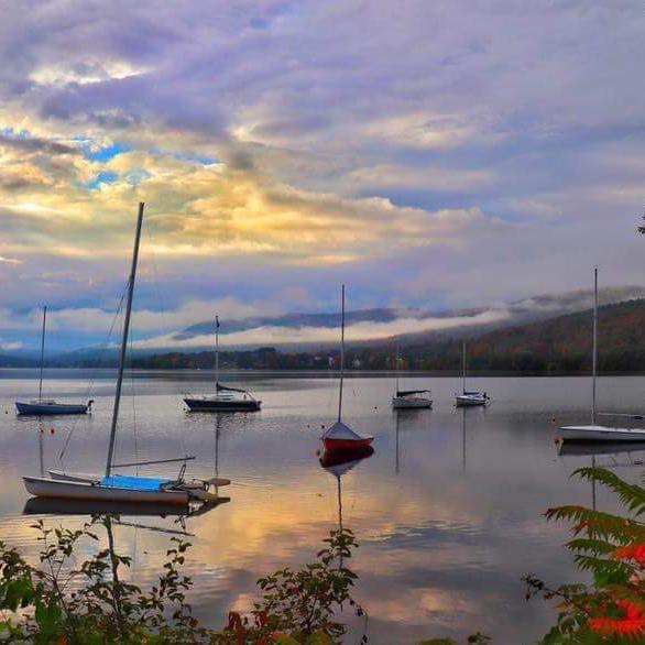 Mascoma-Lake-Fall-by-Christine-Eggleston(1).jpg