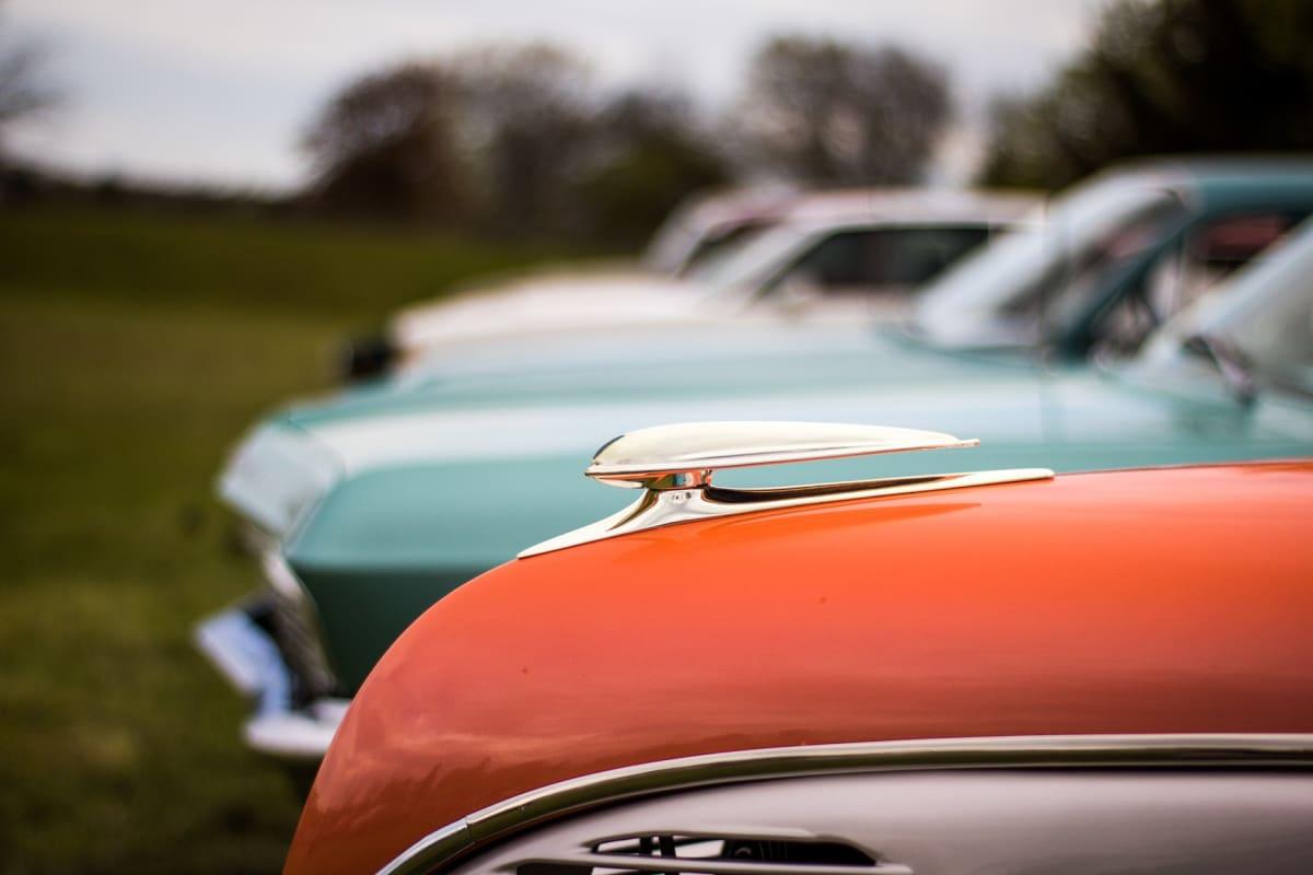 cars-2399761_1920-w1348.jpg