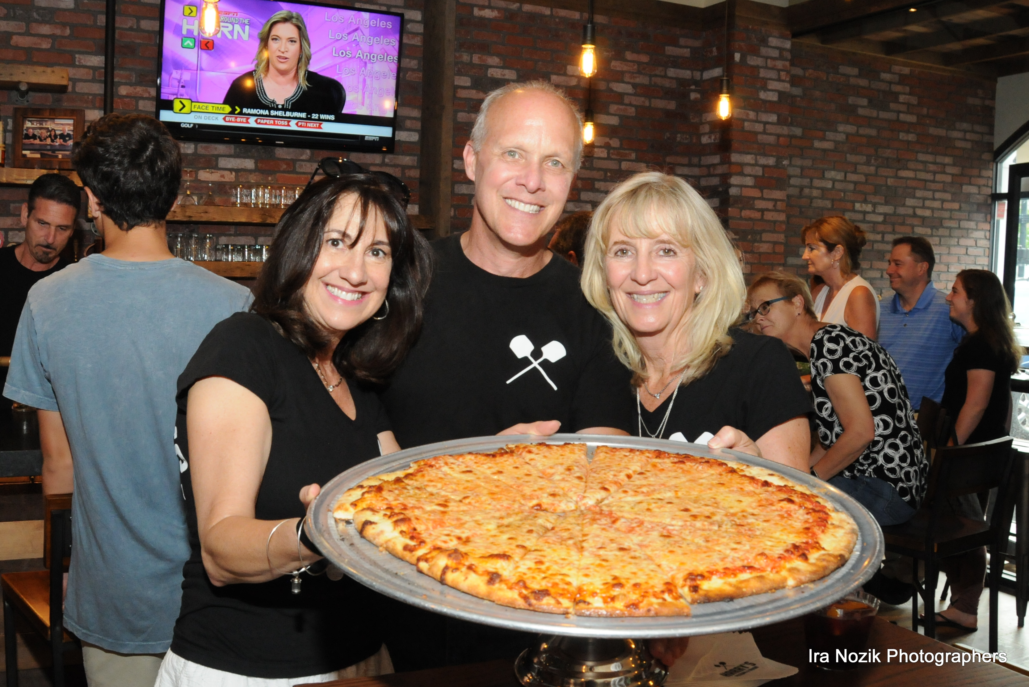 Harry's Pizzeria & Tavern Ribbon Cutting