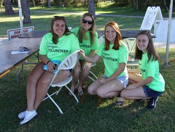 Volunteers for Dog Daze
