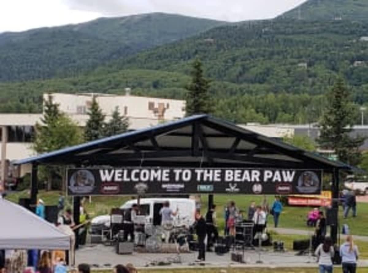 2018-Bear-Paw-Live-w300-w1200.jpg