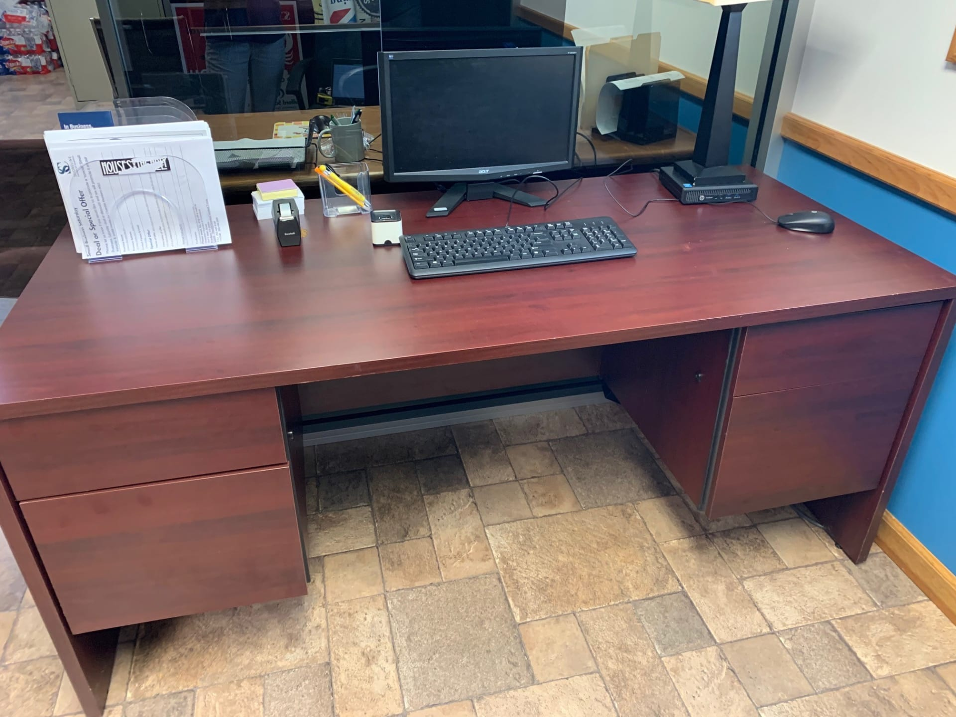 Marketing-Desk-w1920.jpg