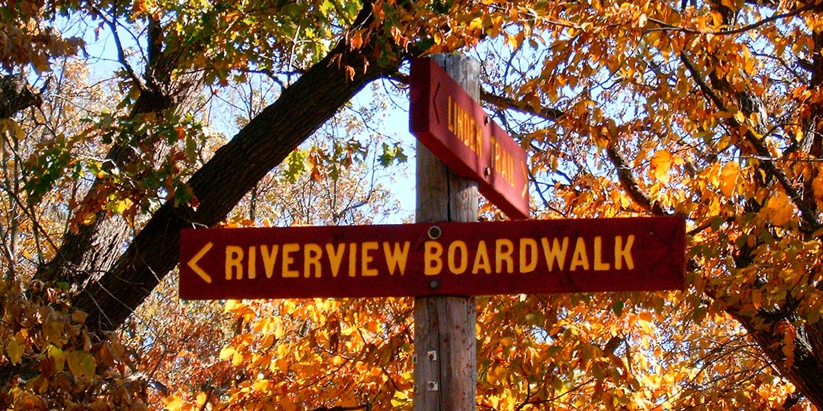 Riverview-Sign---foliage.jpg