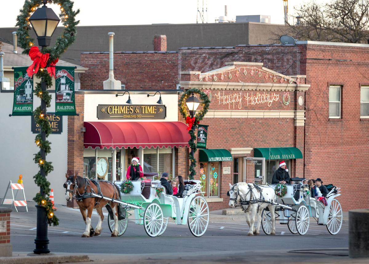 Ralston Holiday Magic carriage rides November 2017  Photo copyright Nov 2017 Kent Sievers - courtesy of Omaha World Herald