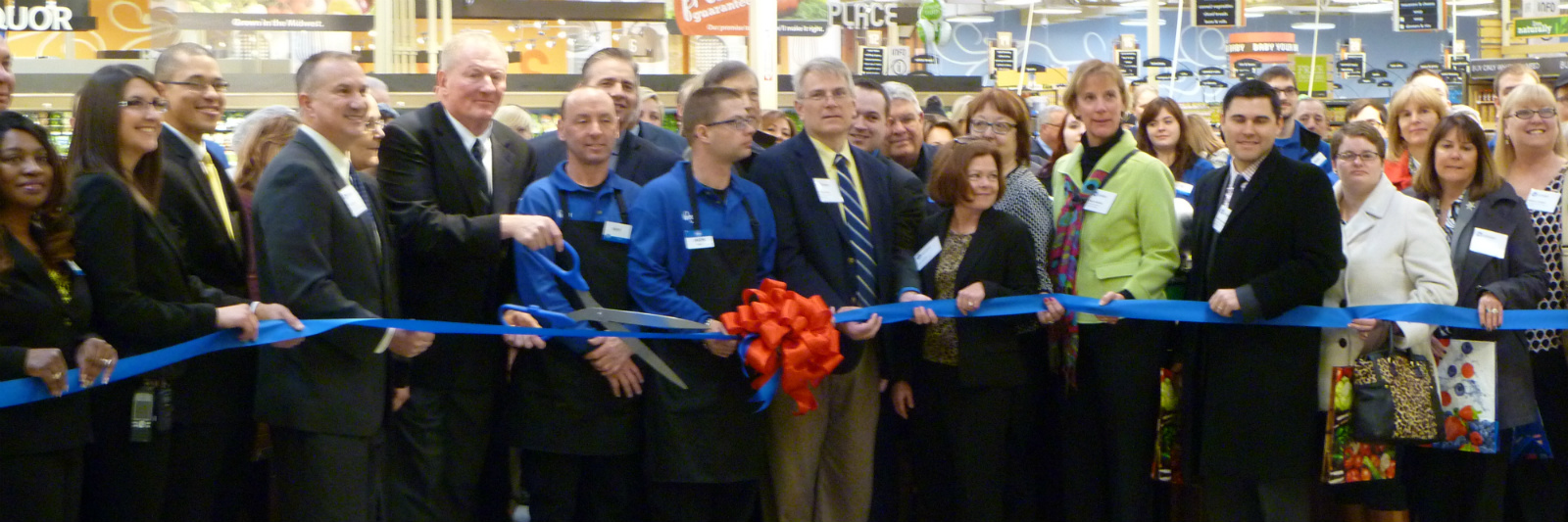 Kroger-Ribbon-Cutting.jpg