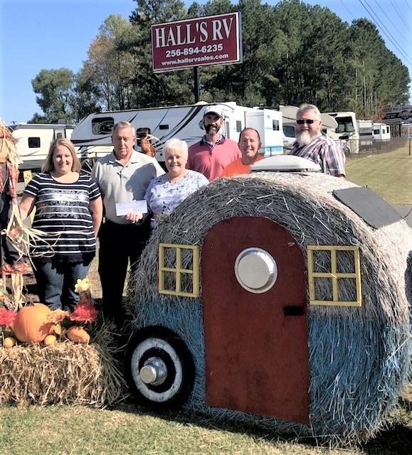happy-fall-yall-hay-bale.jpg